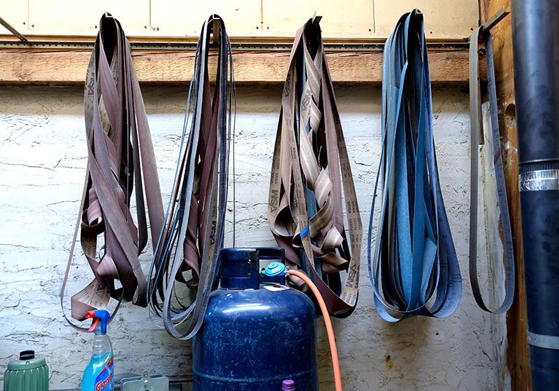 Schuurlinten in de werkplaats van Johan van Zanten
