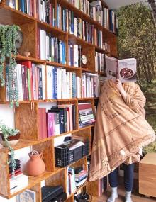 Dale Pinnock lezen in pyjama, Merel Kamp